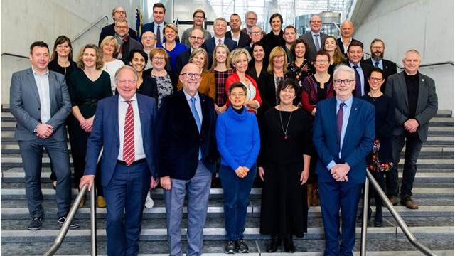 Nieuw provinciebestuur presenteert ambitieus bestuursakkoord