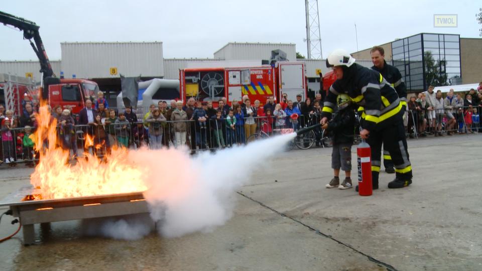 Brandweer Mol blusoefening